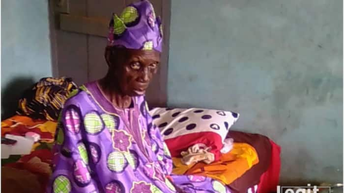 Samuel Afolabi: 'Oldest monarch in Nigeria' who ascended throne at 102 dies aged 141