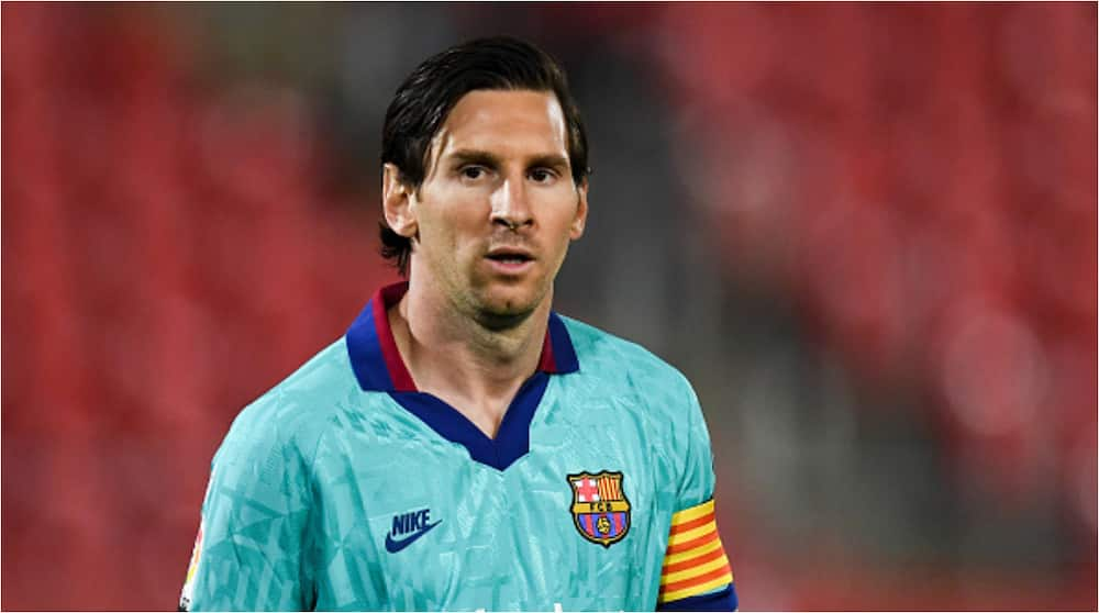 Lionel Messi to sign new Barcelona contract to end speculation over his future