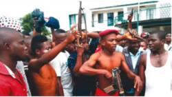 Tension as Eiye, Aiye confraternities clash in Ikorodu; 2 dead, 21 arrested including notorious cultist