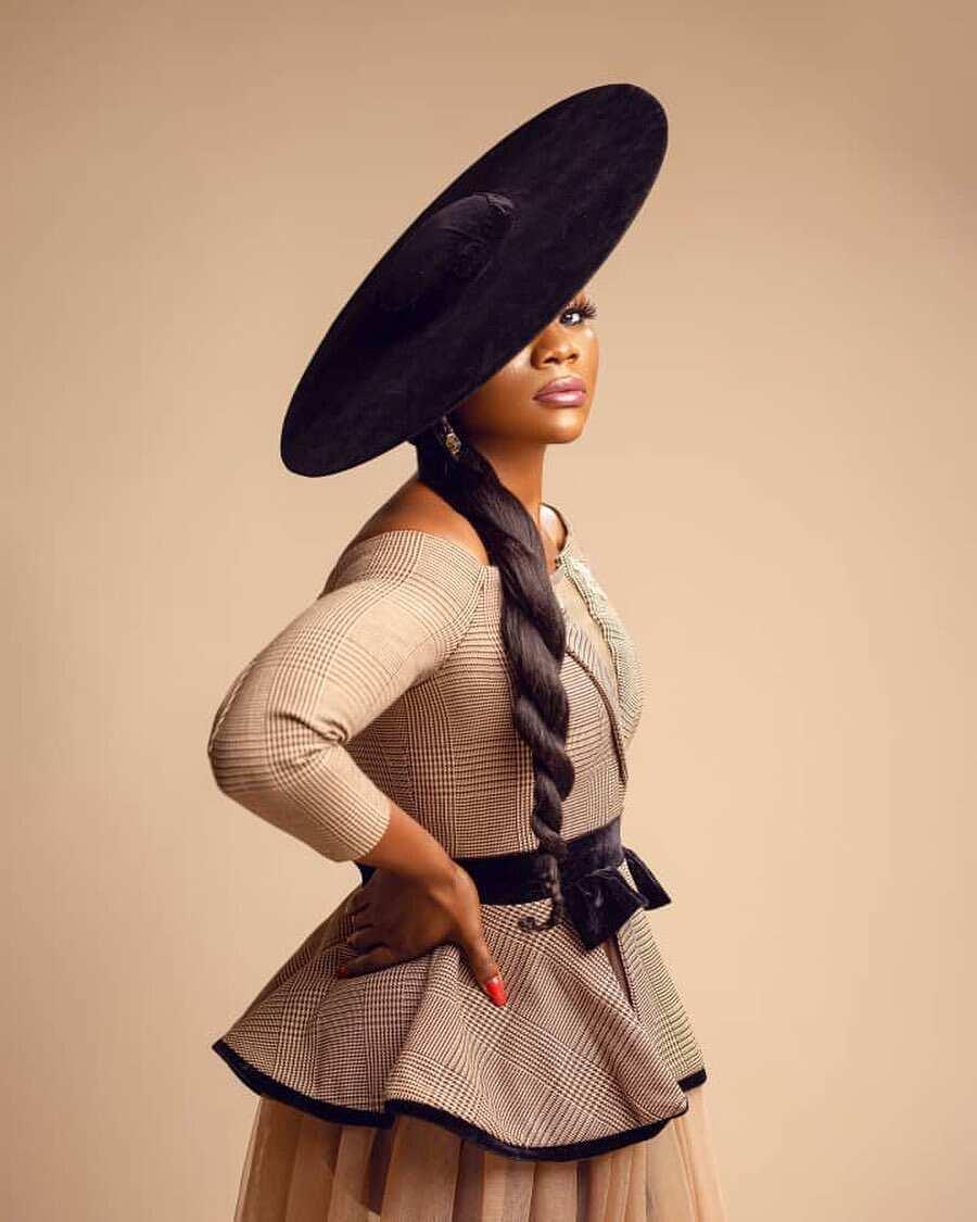 Ogenyi Onazi wife