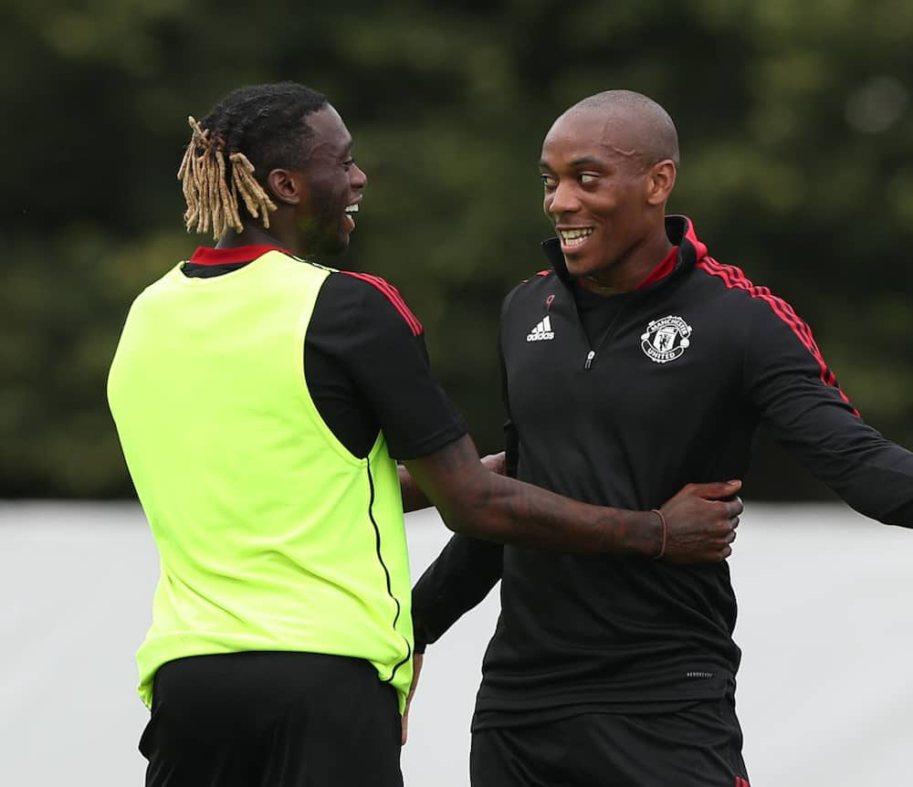 Man United top star rocks new look after returning from terrible knee injury