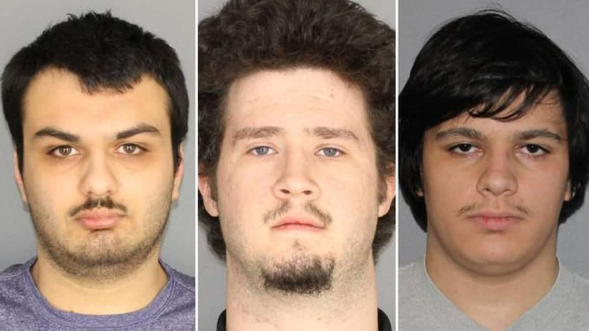 Four arrested for planned bomb attack in New York