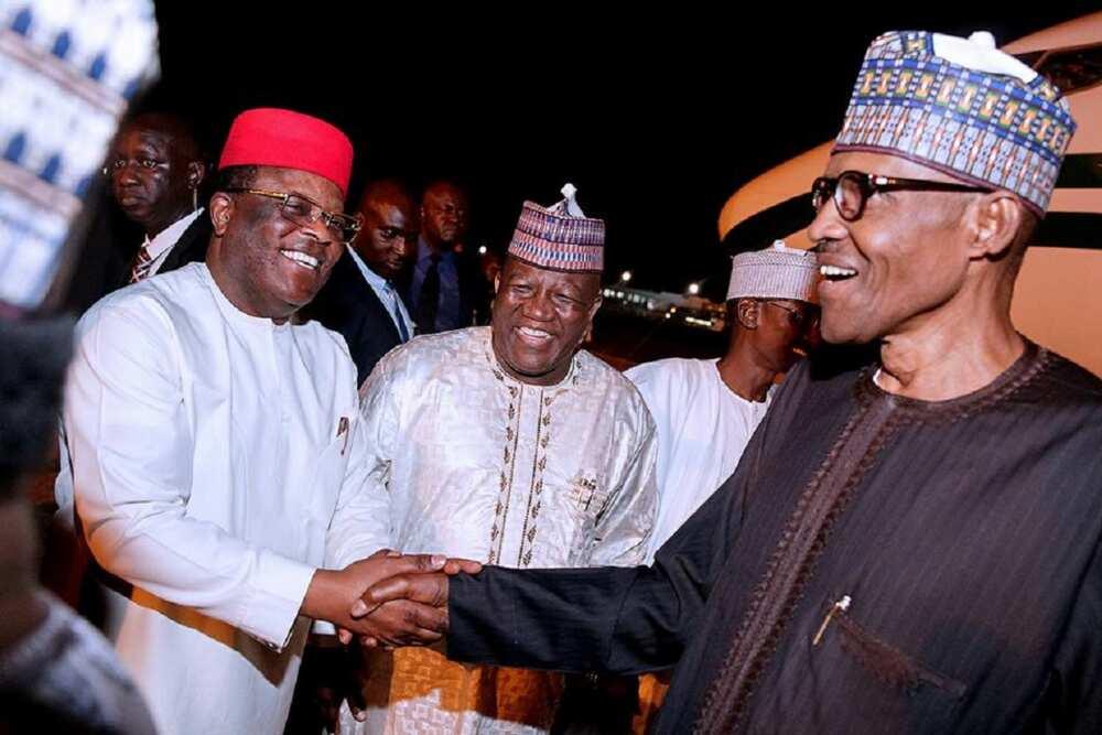 Neman mafita: An bankaɗo wani gwamnan PDP yana shirin komawa APC a wannan makon