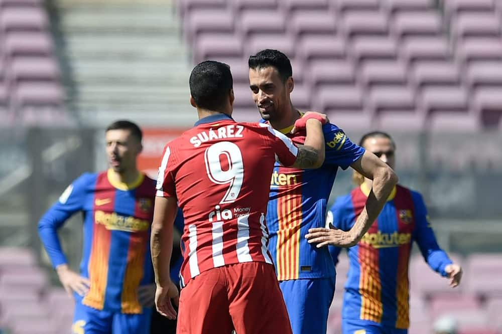 Barcelona midfielder Busquets suffers broken jaw in Atletico Madrid stalemate