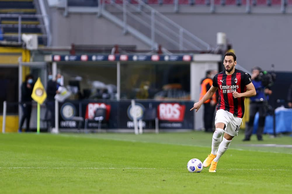 Hakan Calhanoglu, AC Milan star, reportedly emerges as target for Man United