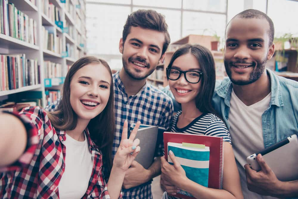 Top scholarships in Canadian universities in 2019