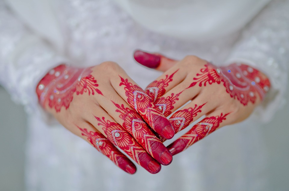 35 Simple Henna Designs To Try In 2019 Legitng