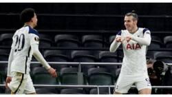 Gareth Bale scores world class goal as Tottenham progress to Europa League last 16