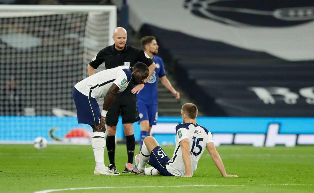 Eric Dier runs down Tottenham tunnel for toilet break during Chelsea clash