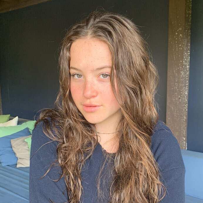 Jennifer Grey daughter