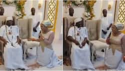 Your wives will multiply in the palace: Ooni of Ife bursts into laughter as wife kneels to pray for him