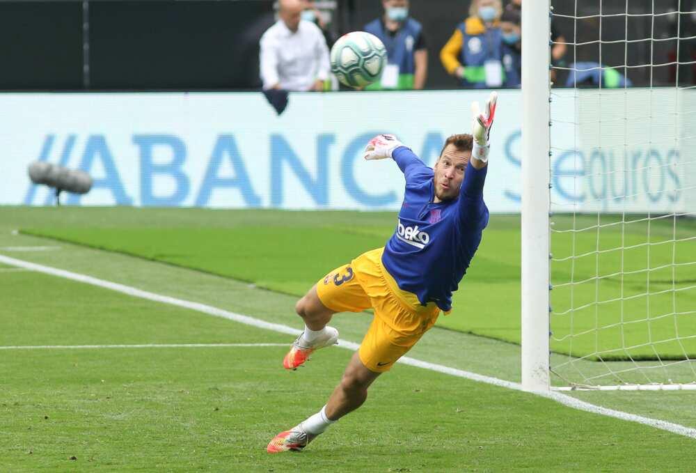 Neto in action for Spanish giants Barcelona