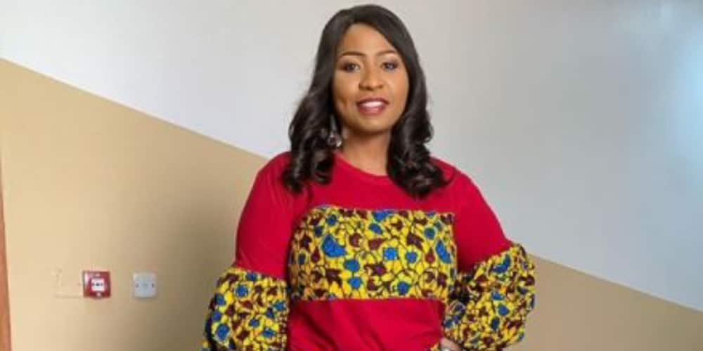 Journalist Morayo Brown tries to escape TVC as mob attacks