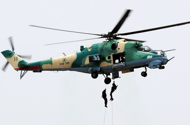 Bidiyo: NAF ta lalata cibiyar sufurin kungiyar Boko Haram, an kashe dumbin mayaka