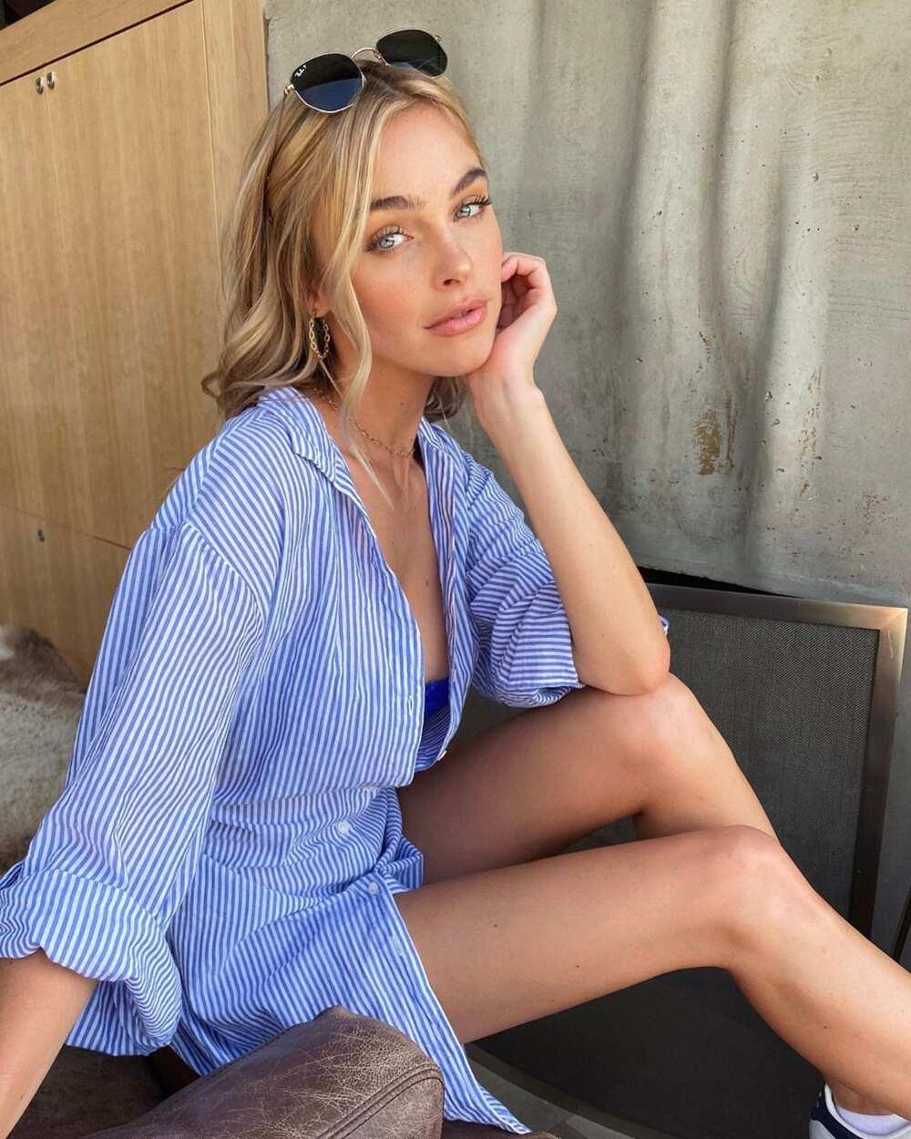 Elizabeth Turner model