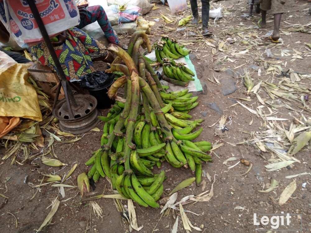 You can get unripe plantain at Jakande market. Photo market: Esther Odili