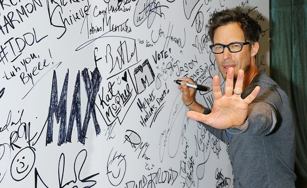 Tom Cavanagh movies and TV shows