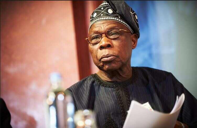 Masu cewa da Atiku kar ya tafi Kotu, mutanen banza ne – Obasanjo