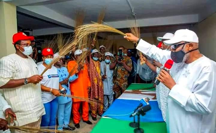 Jiga-Jigan PDP sun sauya sheka zuwa APC a Ondo