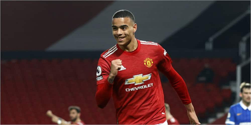 Man United keep in touch with league leaders Man City after hard-earned win over Brighton
