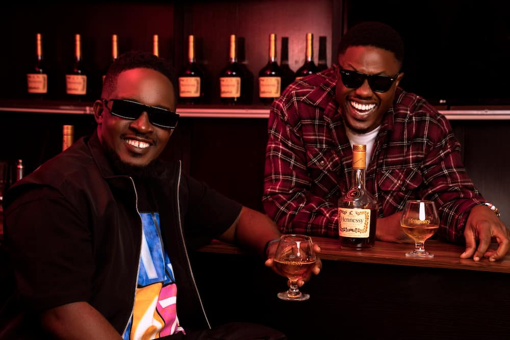 Have you seen, The Conversation by Hennessy Artistry