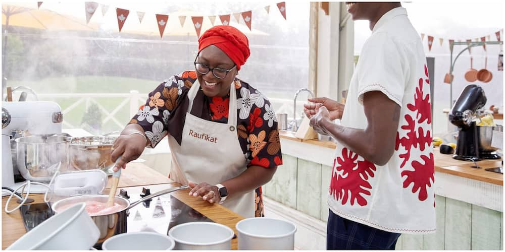 Nigerian Woman Breaks Record as She Wins Great Canadian Baking Show, beats 9 foreigners to it