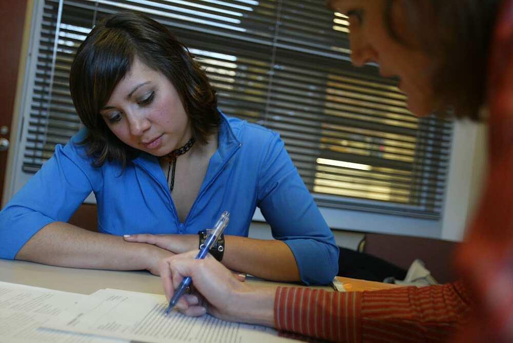 Comment écrire une lettre de motivation en anglais: modèles, conseils