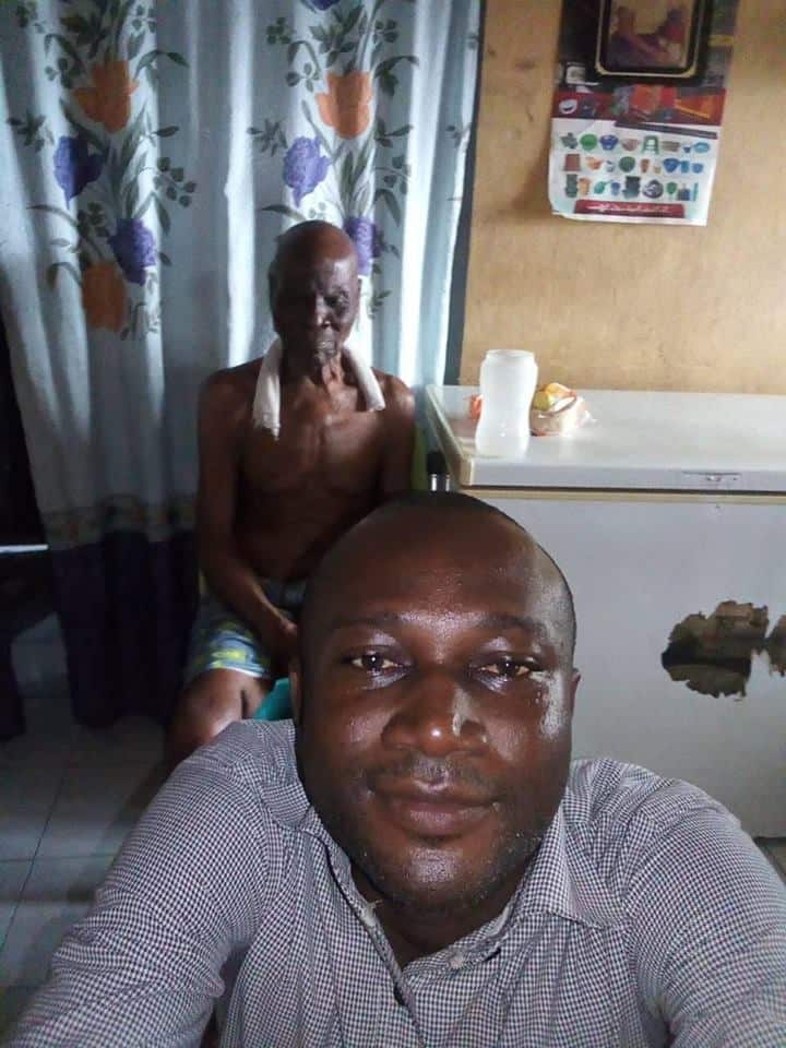 Nigerian man shares photos of his grandfather, who died at the age of 140 (photos)