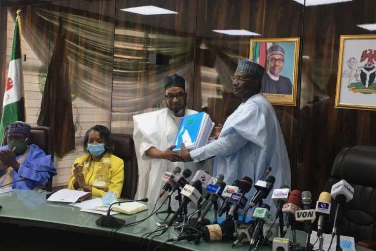INEC ta saka ranar gudanar da zabukan maye gurbi guda 15 a fadi Nigeria
