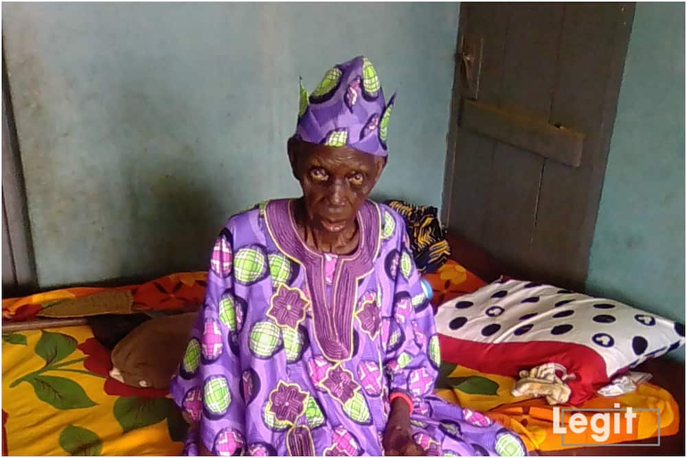Meet 140-year-old Oyo monarch who reportedly became king at 102 (photo)