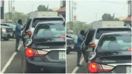 Angry driver seen blasting his boss in Lagos traffic (video)