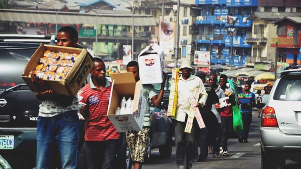 Chinedu Okorafor: Lagos hawker who sells sausage in traffic makes N1 million monthly