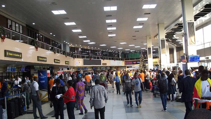 Report shows record number of passengers leaving Nigeria to other countries