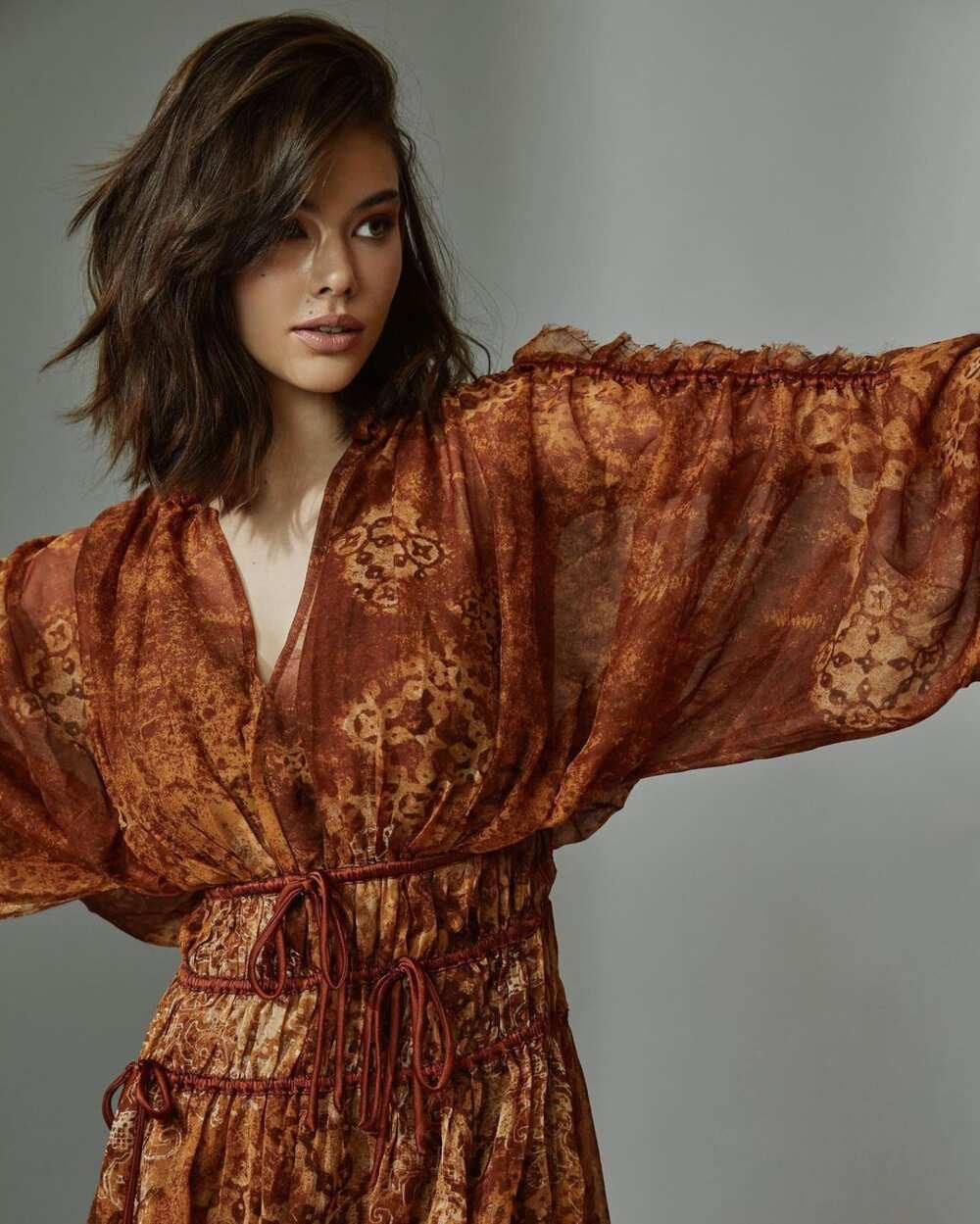 Laneya Grace model