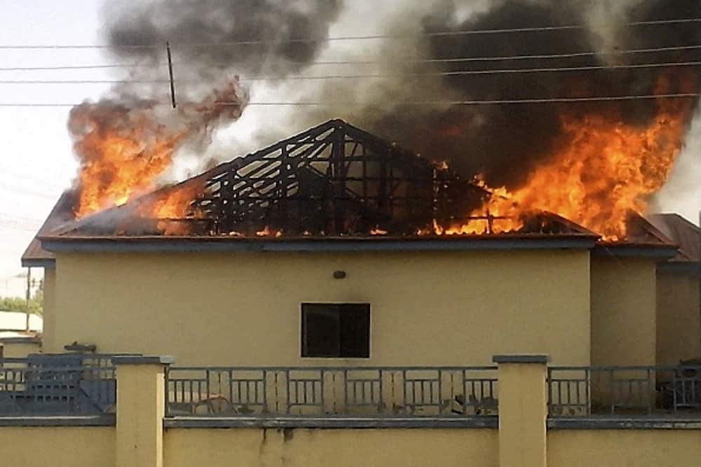 After Razing INEC's Office, NDLEA's Building, Gunmen Torch Police Headquarters in Abia