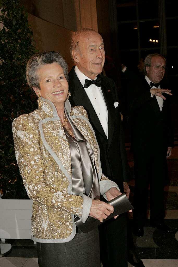 Anne-Aymone Giscard d'Estaing âgée de 71 ans, en 2004