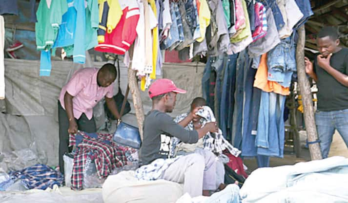 Waiwaye: Tarihin da, lokacin 'yan Najeriya suka fara sanya kaya 'Gwanjo'