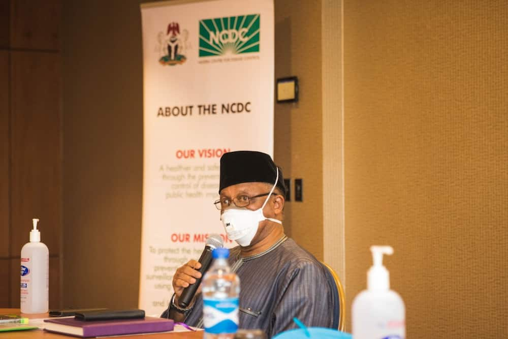 Replace striking doctors with corps members, FG tells hospitals