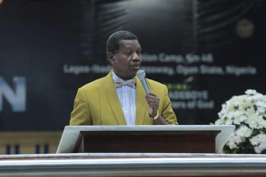 Pastor Adeboye calls for prayer as gunmen abduct 5 RCCG pastors - Legit.ng