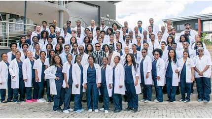 Group photo of successful medical graduates inspires social media users