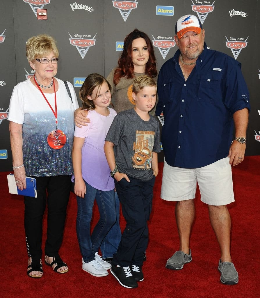 Cara Whitney biography: who is Larry the Cable Guy's wife?