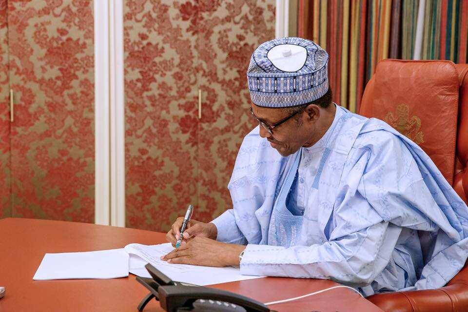 Shugaba Buhari ya amince da fitar da N108bn don ginin titi a jihohi hudu