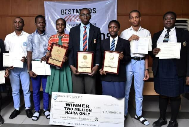 Nigerian SS3 student donates to scholarship fund N0.5m out of his N2m cash prize (photos)