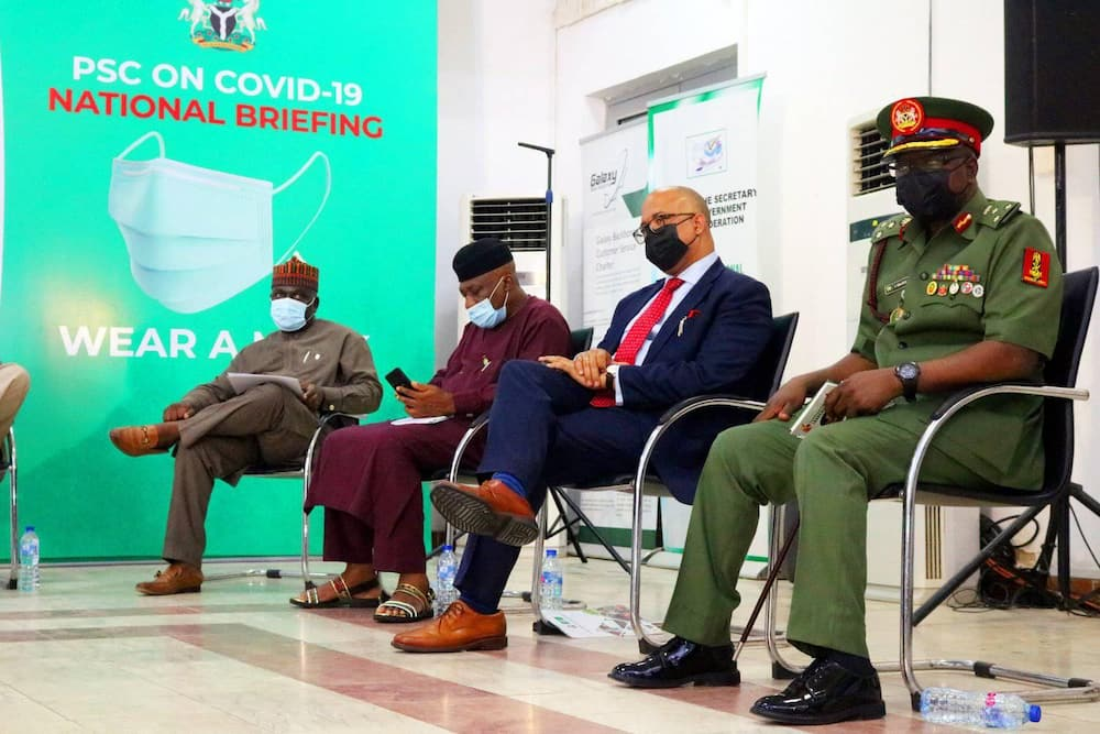 About 2,000 Nigerians have banned from traveling abroad for one year