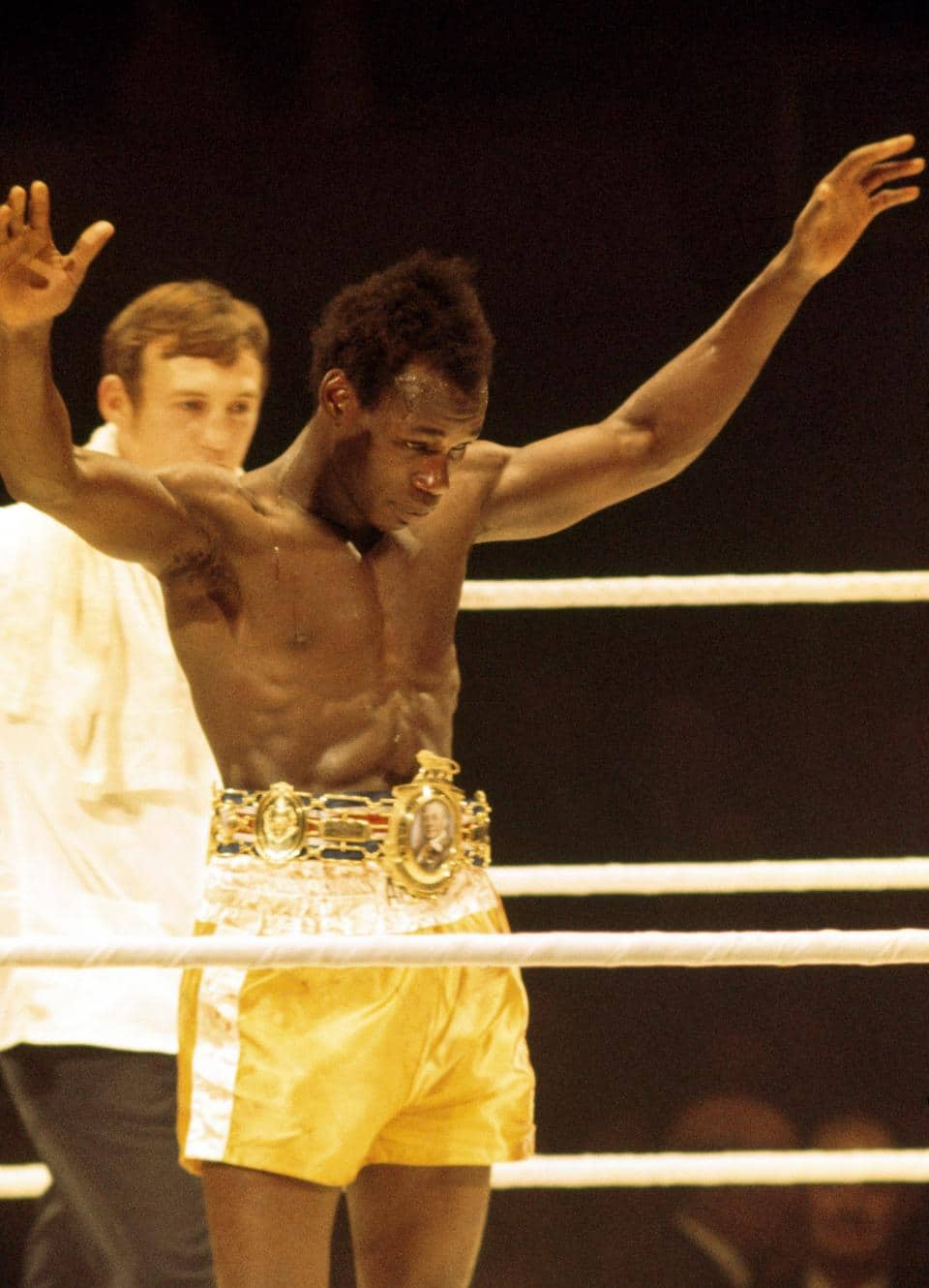 First Caribbean boxing champion Bunny Sterling dies at the age of 70