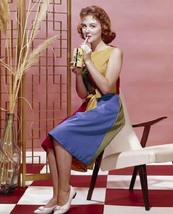 is shelley fabares still alive