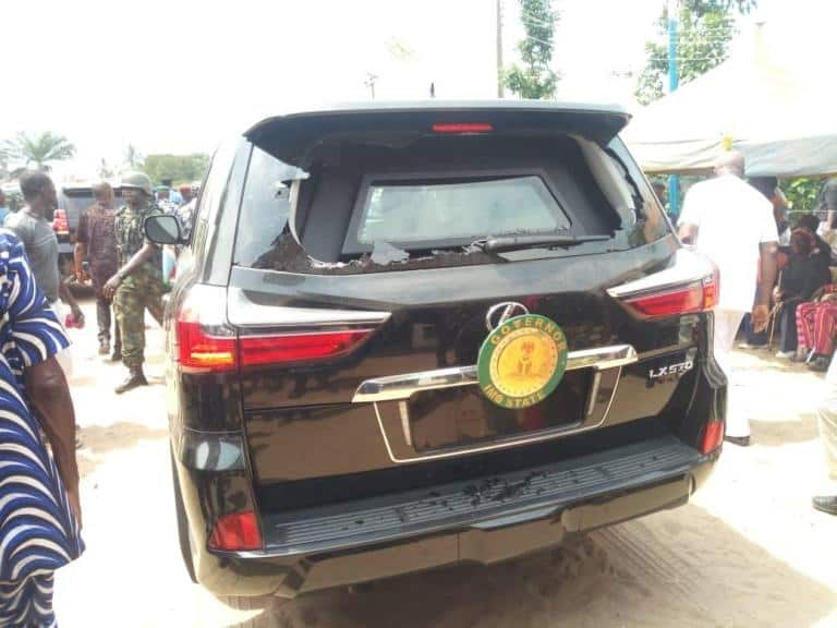 Hope Uzodinma: Angry Imo youths attack governor, damages his car