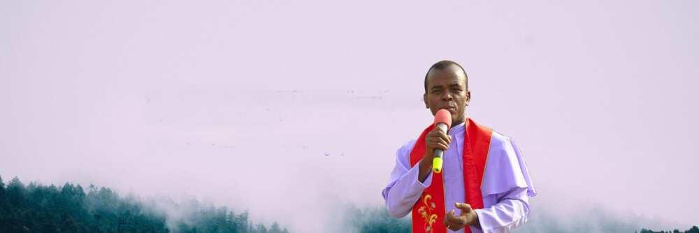 Breaking: Father Mbaka reappears as supporters jubilate in Enugu