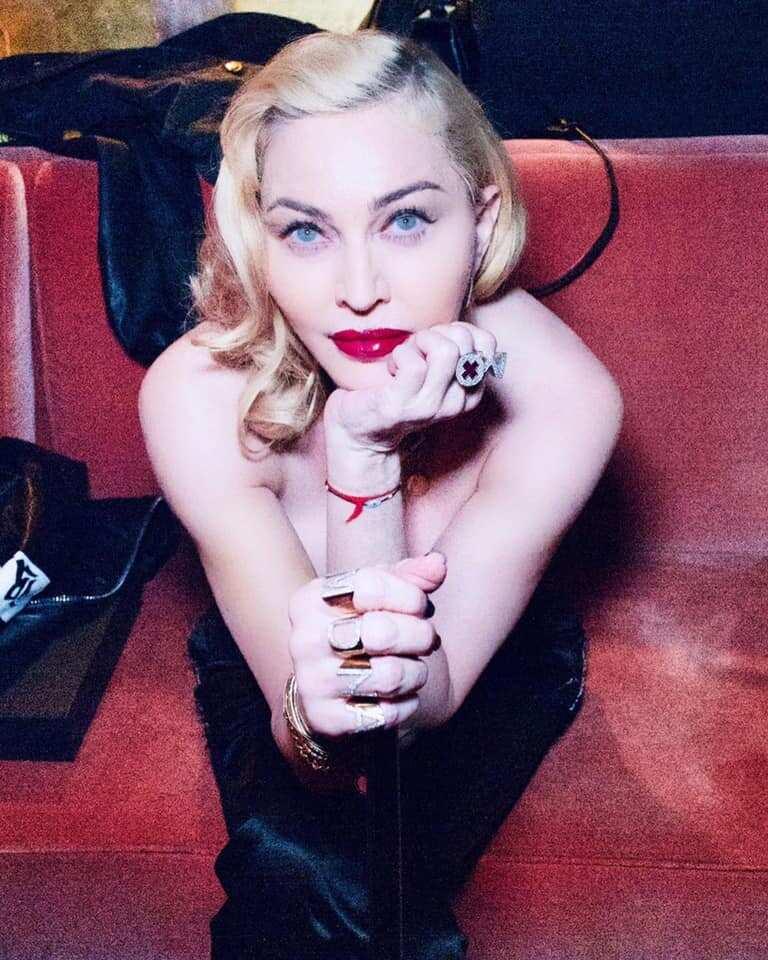 Richest female singers