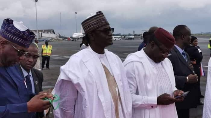Tension in APC as prominent governor allegedly plans to resign, media aide reacts